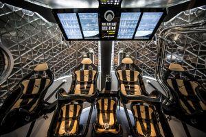 SpaceX_Dragon_v2_interior_wide